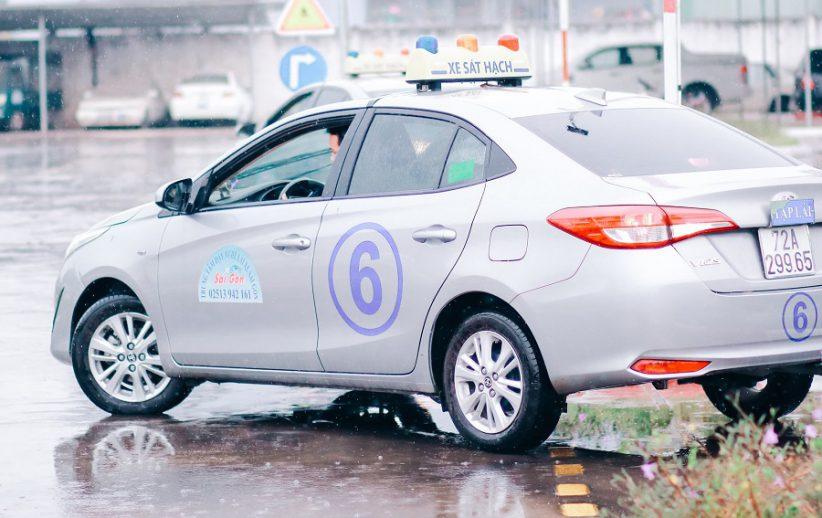 học bằng lái xe b2 hài lòng 100% ở trường dạy lái xe Sài Gòn hình 1