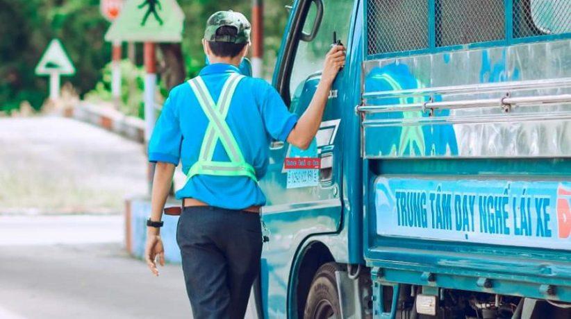 trung tâm sát hạch lái xe Sài Gòn học lái xe bằng c giá từ 10.5 triệu hình 1