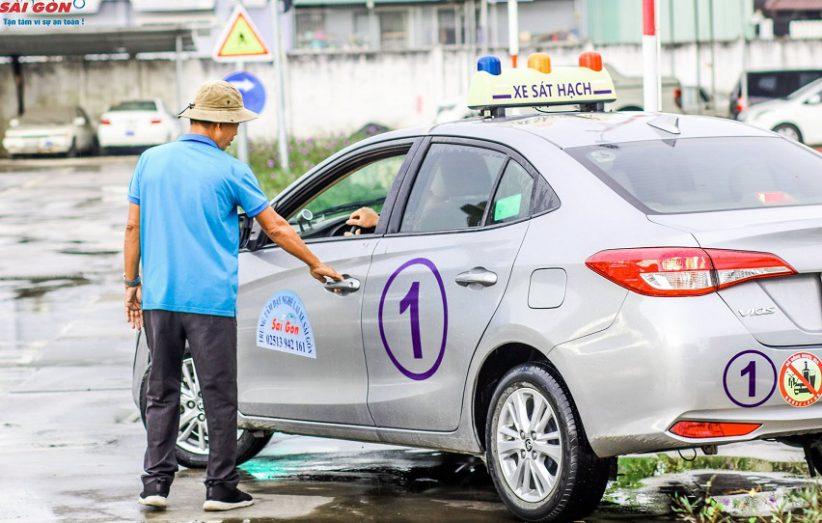 học bằng lái b2 trường dạy nghề lái xe Sài Gòn
